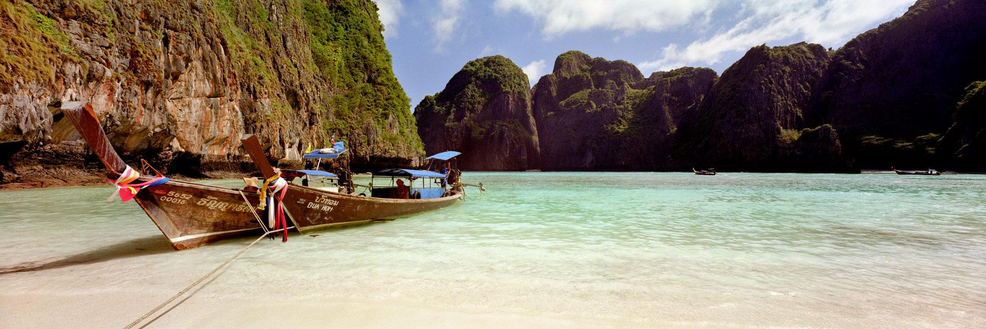 Phi Phi islands beach