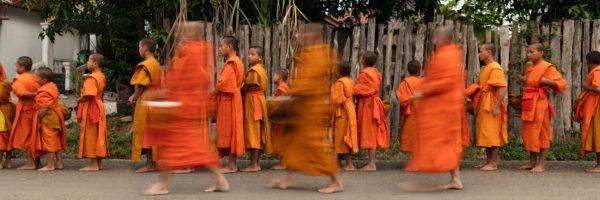 Loas Procession