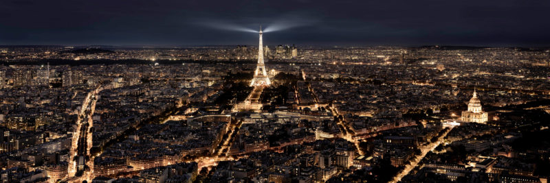 Eifell tower at night