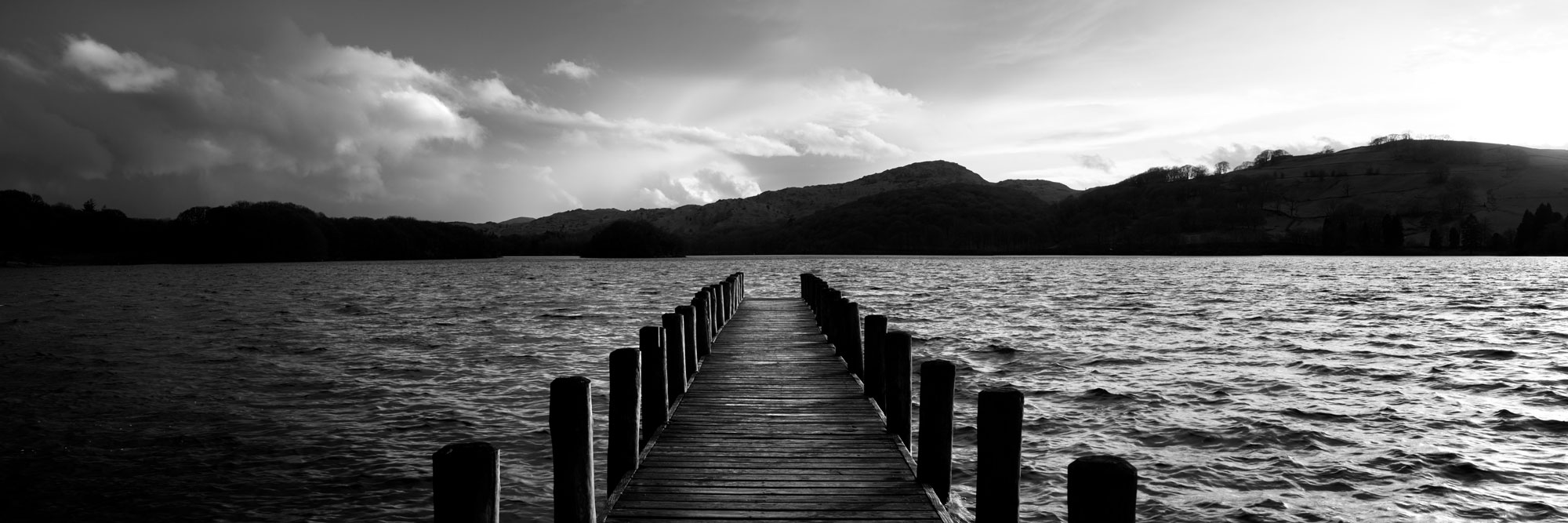 B&W panorama of a jetty in the lake district